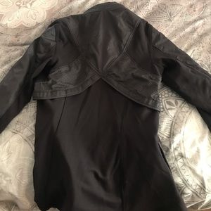 Lululemon zip up jacket with optional hood